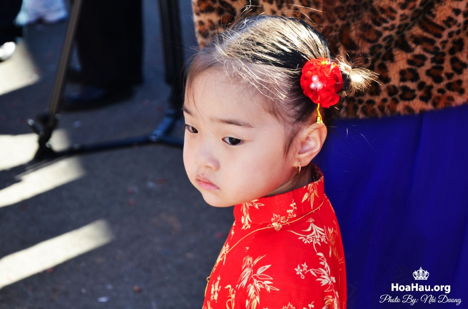 Hoa Hau Ao Dai Tet Lunar New Year 2013 - Image 060