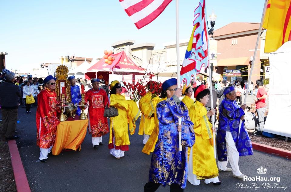 Hoa Hau Ao Dai Tet Lunar New Year 2013 - Image 062
