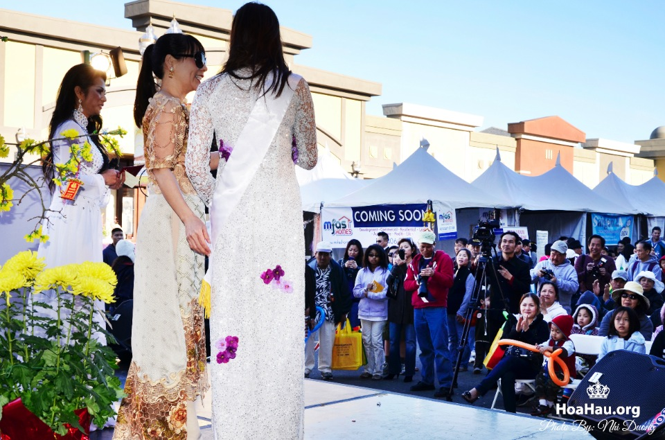 Hoa Hau Ao Dai Tet Lunar New Year 2013 - Image 136
