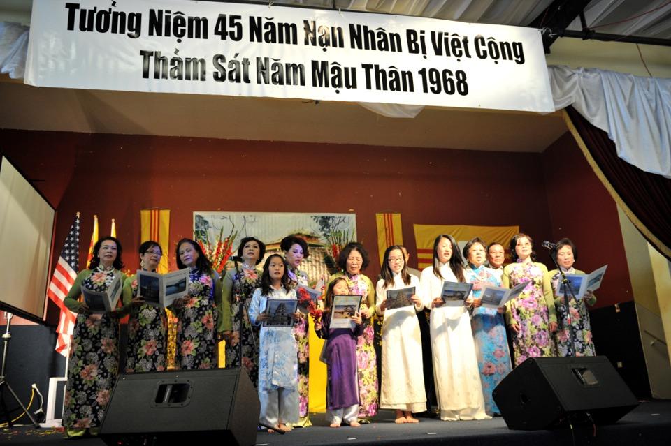 Hoi Dong Huong 2013 - Hue Association - Image 017