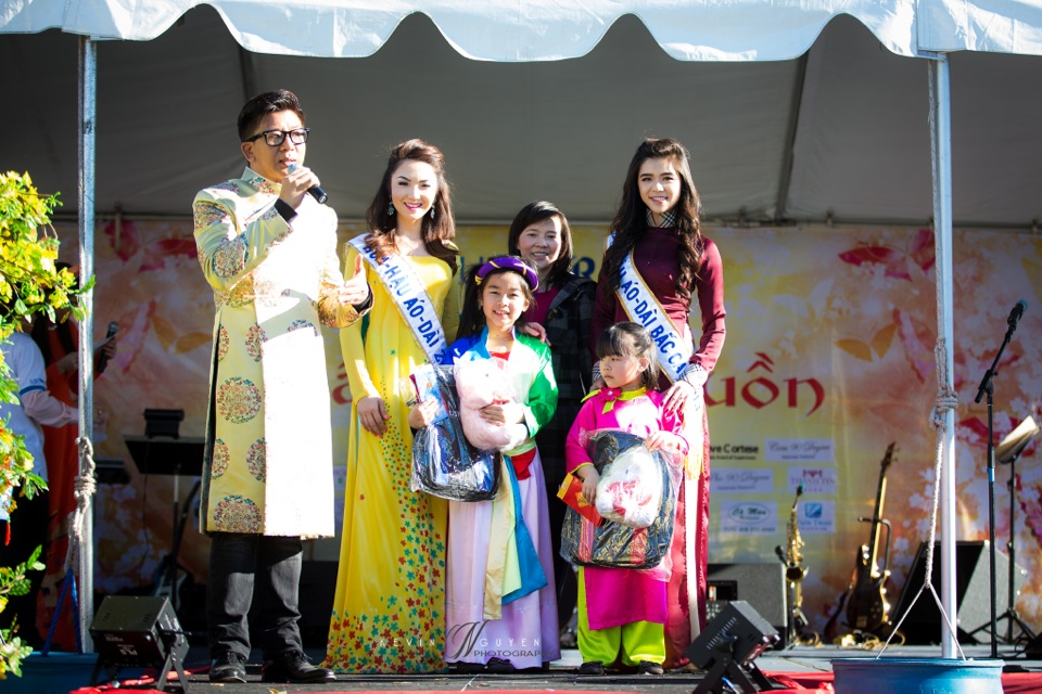 Hoi Hoa Xuân 2015 - Miss Vietnam of Northern California 2015 - Grand Century Mall - San Jose, CA - Image 107
