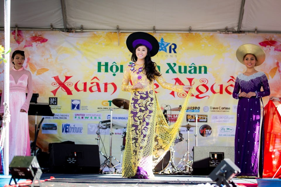 Hoi Hoa Xuân 2015 - Miss Vietnam of Northern California 2015 - Grand Century Mall - San Jose, CA - Image 112