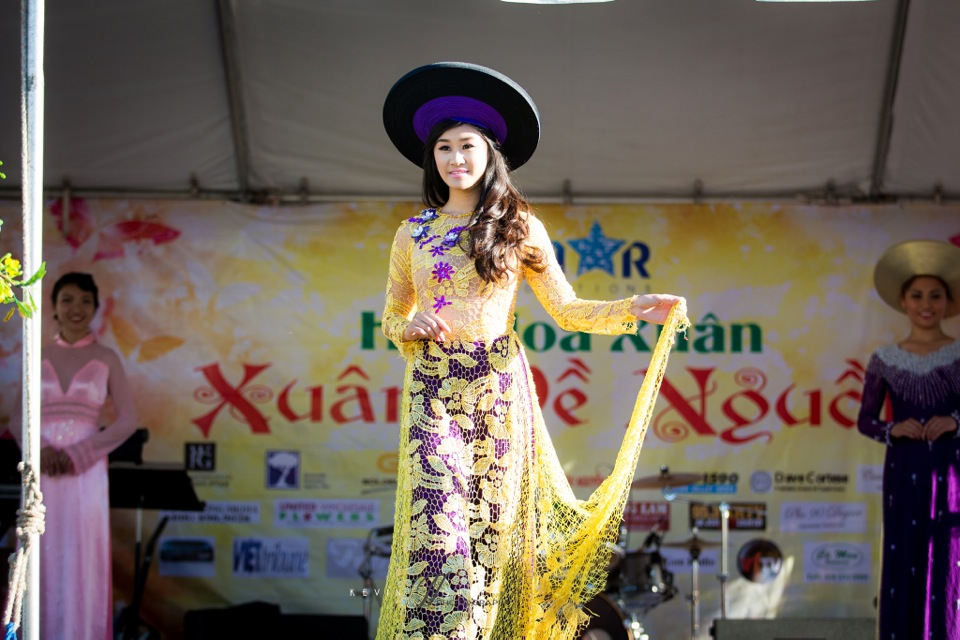 Hoi Hoa Xuân 2015 - Miss Vietnam of Northern California 2015 - Grand Century Mall - San Jose, CA - Image 113