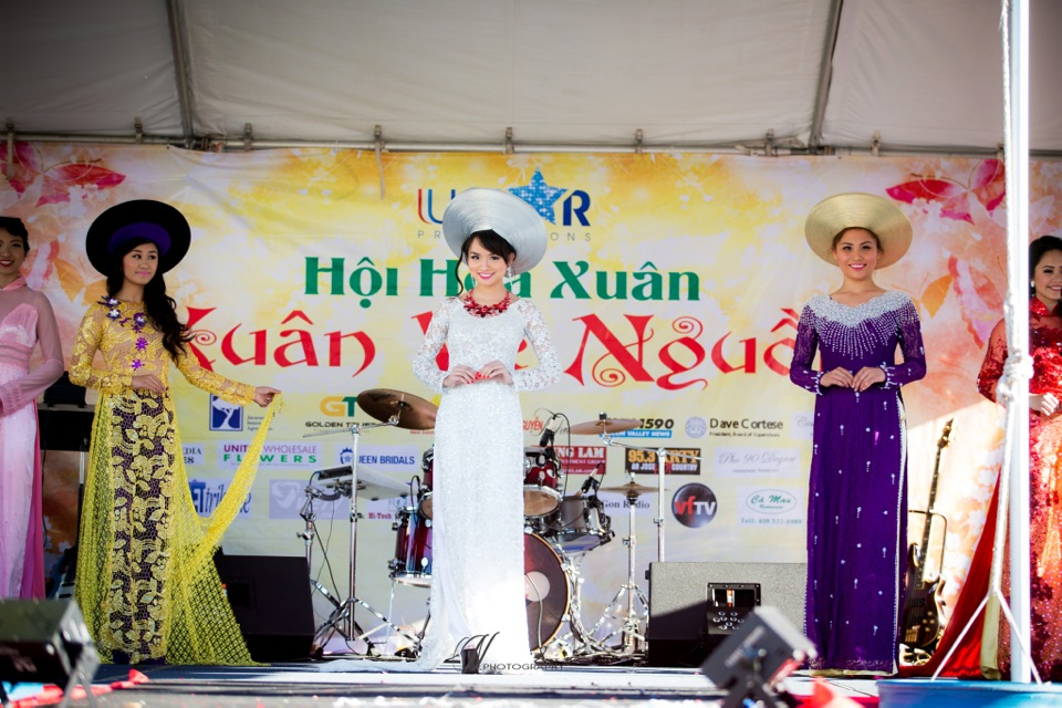 Hoi Hoa Xuân 2015 - Miss Vietnam of Northern California 2015 - Grand Century Mall - San Jose, CA - Image 114