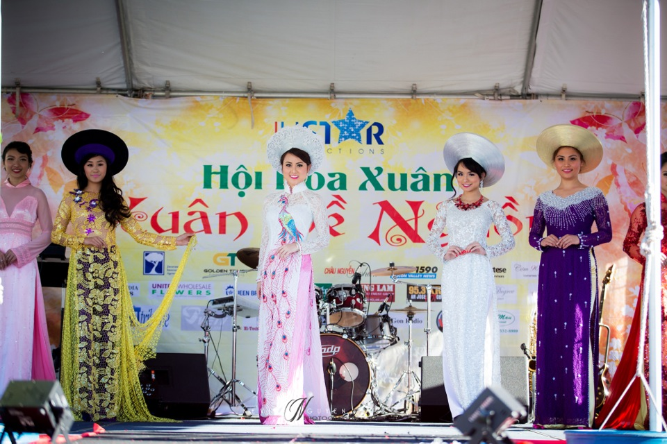 Hoi Hoa Xuân 2015 - Miss Vietnam of Northern California 2015 - Grand Century Mall - San Jose, CA - Image 116