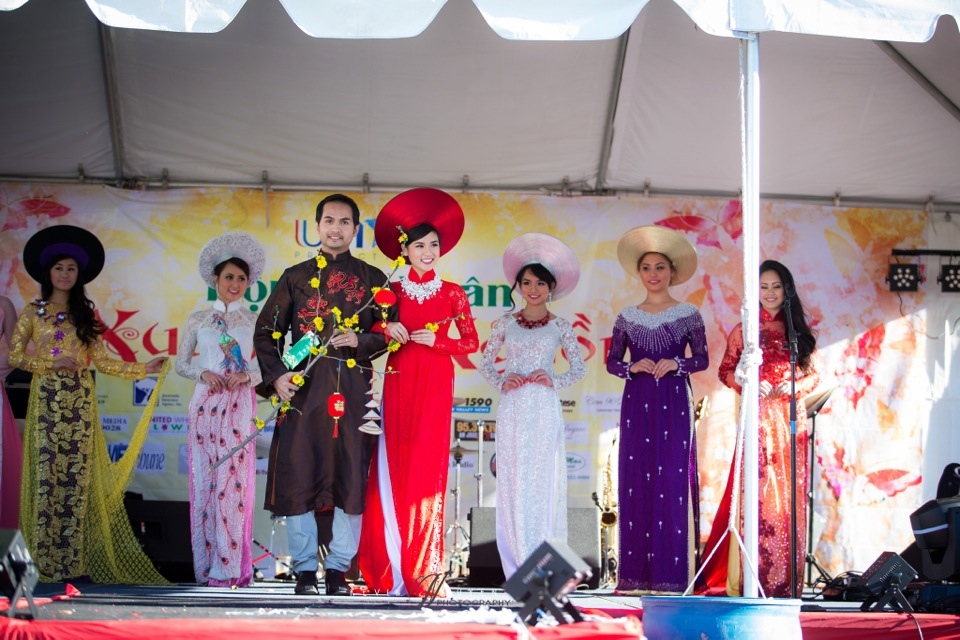 Hoi Hoa Xuân 2015 - Miss Vietnam of Northern California 2015 - Grand Century Mall - San Jose, CA - Image 118