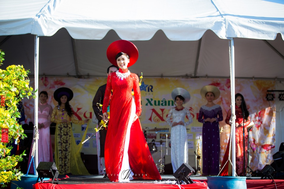 Hoi Hoa Xuân 2015 - Miss Vietnam of Northern California 2015 - Grand Century Mall - San Jose, CA - Image 120