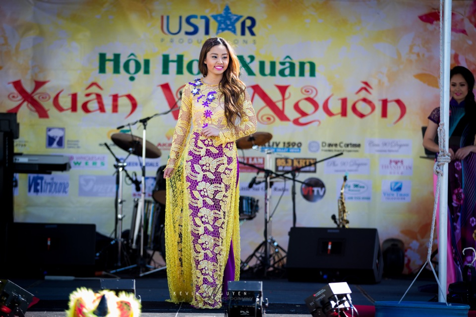 Hoi Hoa Xuân 2015 - Miss Vietnam of Northern California 2015 - Grand Century Mall - San Jose, CA - Image 134