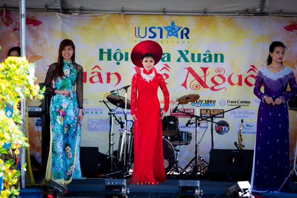 Hoi Hoa Xuân 2015 - Miss Vietnam of Northern California 2015 - Grand Century Mall - San Jose, CA - Image 137
