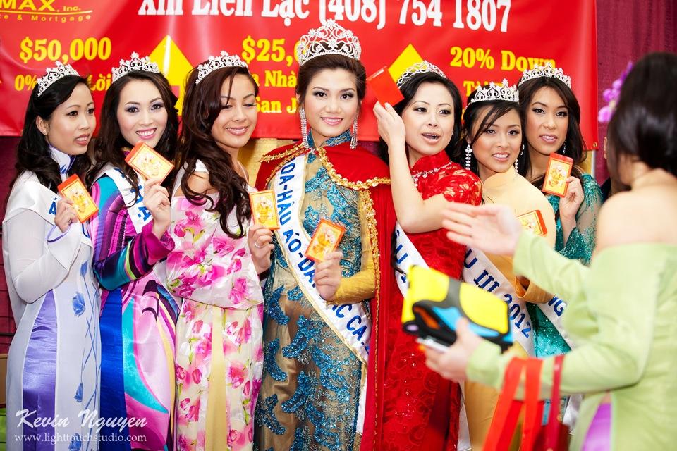 Hoi Tet 2012 - Hoa Hau Ao Dai Bac Cali 2012 - Quynh Phuong - Miss Vietnam of Northern California - Image 006