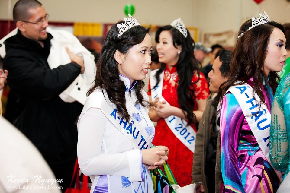 Hoi Tet 2012 - Hoa Hau Ao Dai Bac Cali 2012 - Quynh Phuong - Miss Vietnam of Northern California - Image 009
