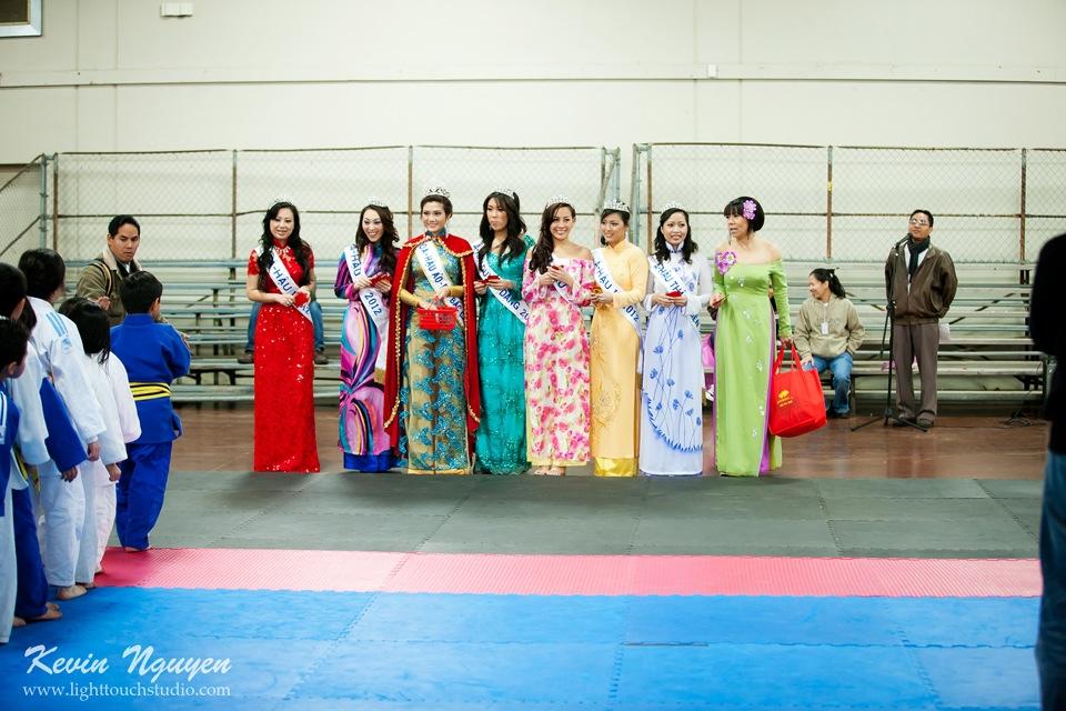 Hoi Tet 2012 - Hoa Hau Ao Dai Bac Cali 2012 - Quynh Phuong - Miss Vietnam of Northern California - Image 019