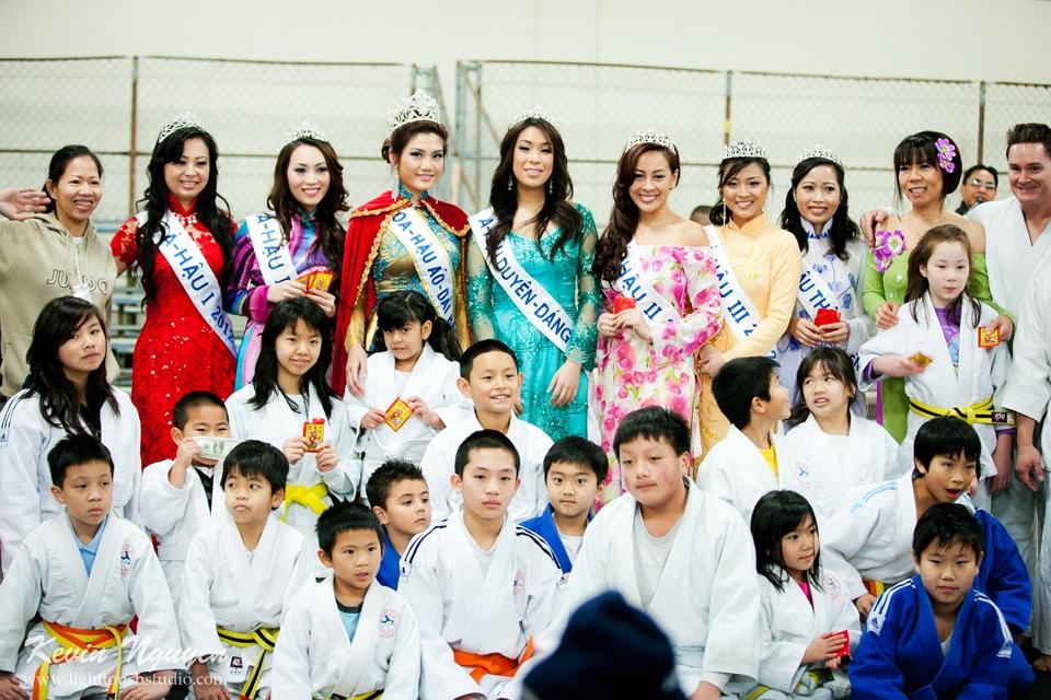 Hoi Tet 2012 - Hoa Hau Ao Dai Bac Cali 2012 - Quynh Phuong - Miss Vietnam of Northern California - Image 025