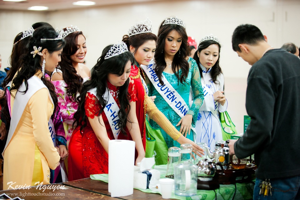 Hoi Tet 2012 - Hoa Hau Ao Dai Bac Cali 2012 - Quynh Phuong - Miss Vietnam of Northern California - Image 027