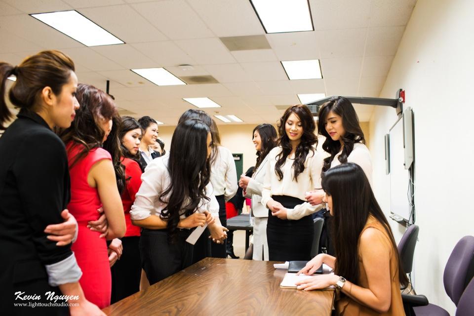 Contestant Interviews 2013 - Hoa-Hau Ao-Dai - Image 016