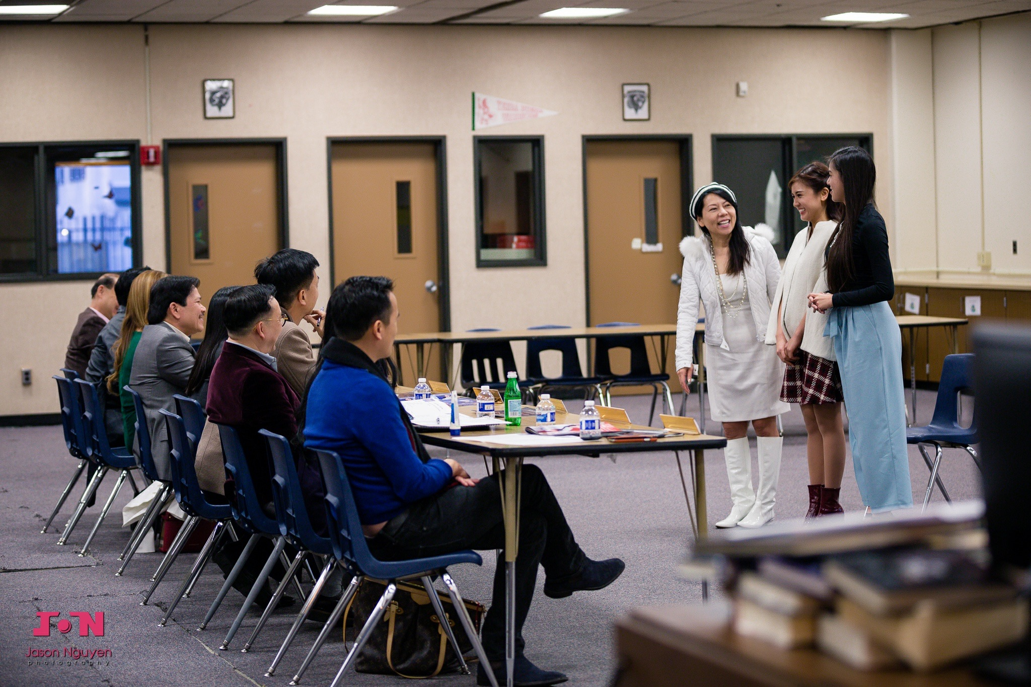 Miss Vietnam California 2016 Contestants Interview with the Judges - Image 111