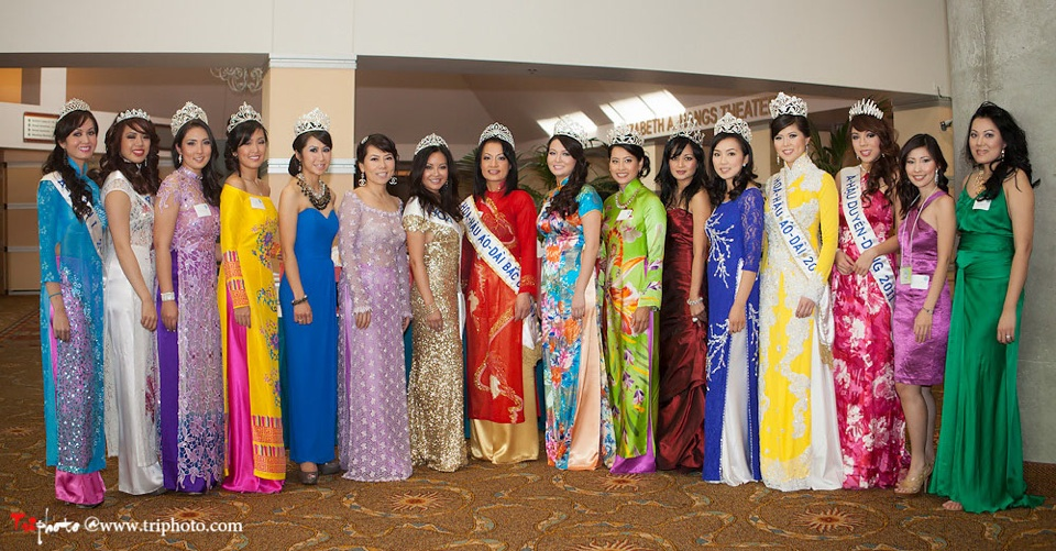 Miss Vietnam of Northern California 2012 Pageant - Hoa Hau Ao Dai Bac Cali 2012 - Image 001