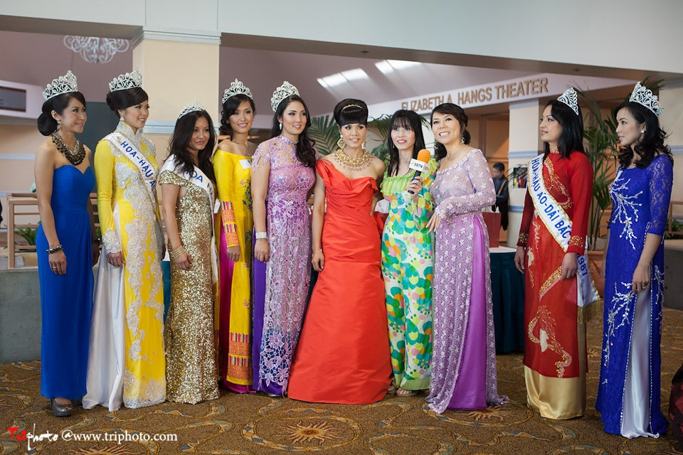 Miss Vietnam of Northern California 2012 Pageant - Hoa Hau Ao Dai Bac Cali 2012 - Image 002