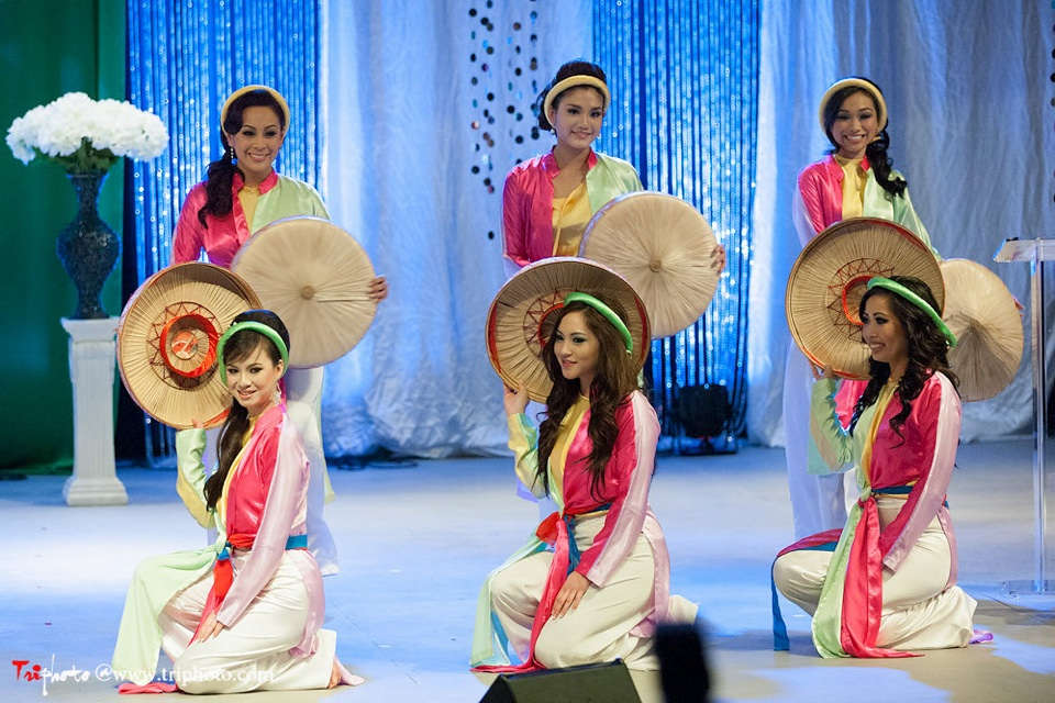 Miss Vietnam of Northern California 2012 Pageant - Hoa Hau Ao Dai Bac Cali 2012 - Image 007