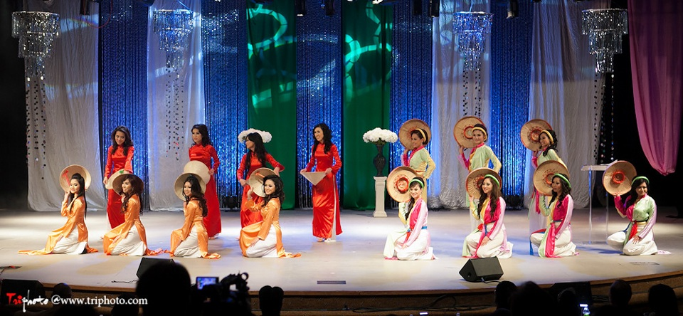 Miss Vietnam of Northern California 2012 Pageant - Hoa Hau Ao Dai Bac Cali 2012 - Image 008