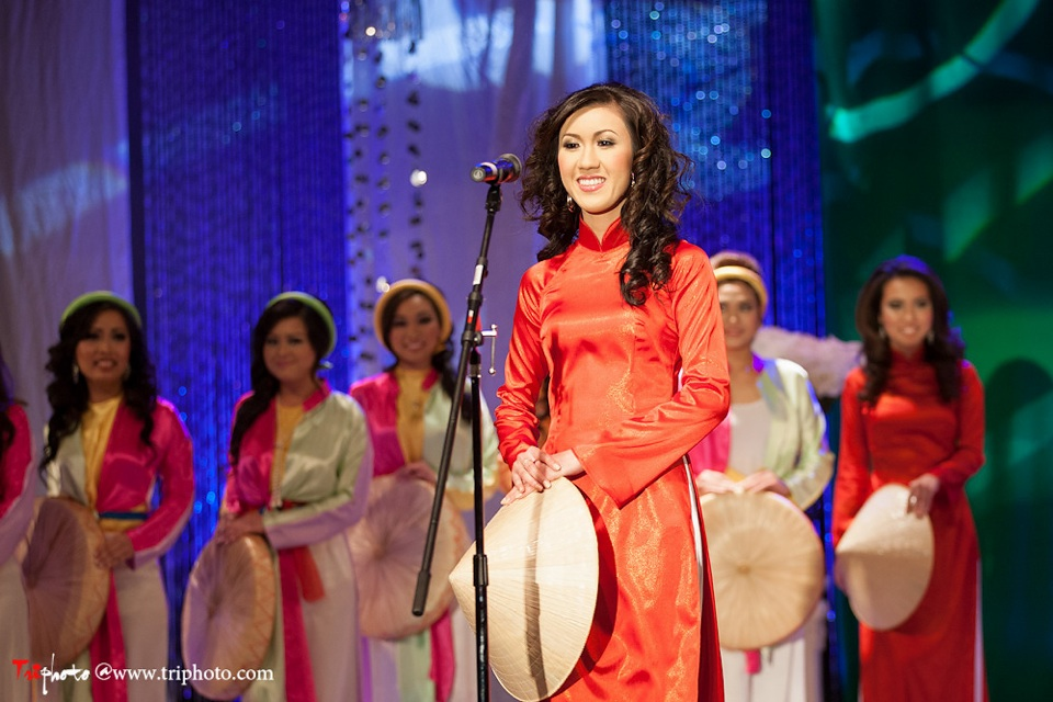 Miss Vietnam of Northern California 2012 Pageant - Hoa Hau Ao Dai Bac Cali 2012 - Image 015