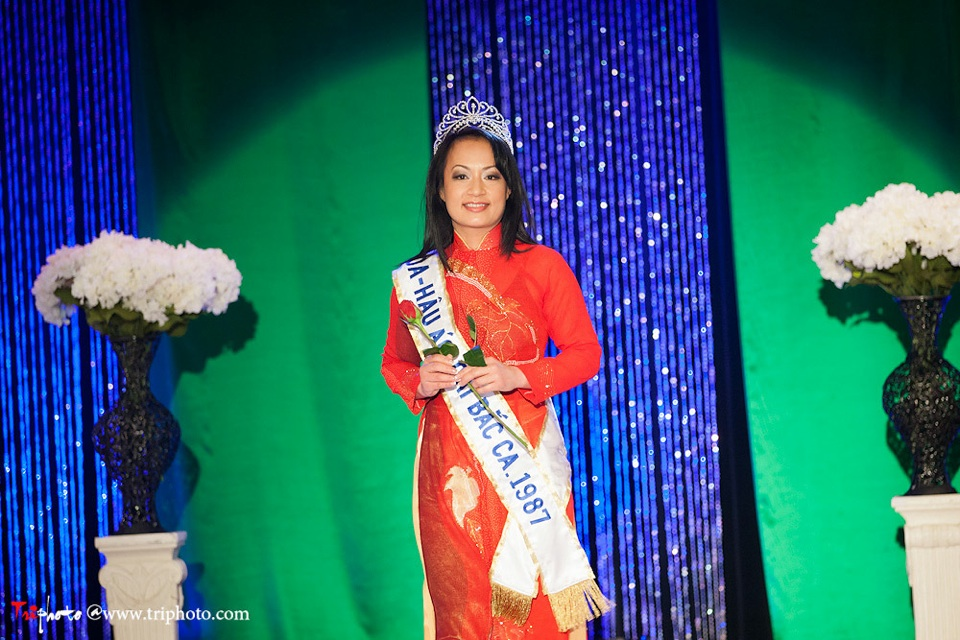 Miss Vietnam of Northern California 2012 Pageant - Hoa Hau Ao Dai Bac Cali 2012 - Image 023
