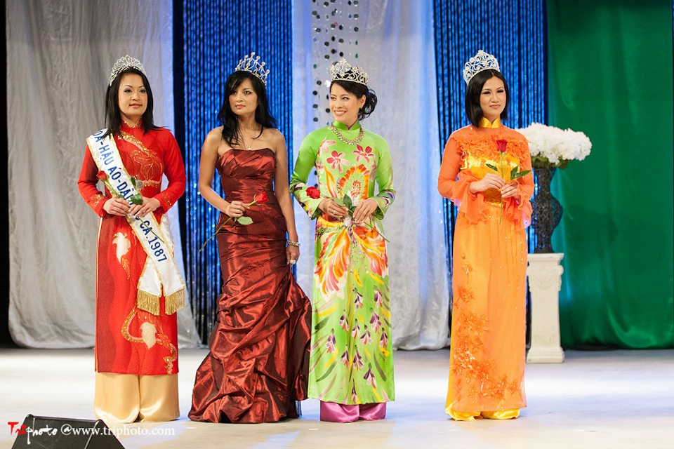 Miss Vietnam of Northern California 2012 Pageant - Hoa Hau Ao Dai Bac Cali 2012 - Image 033