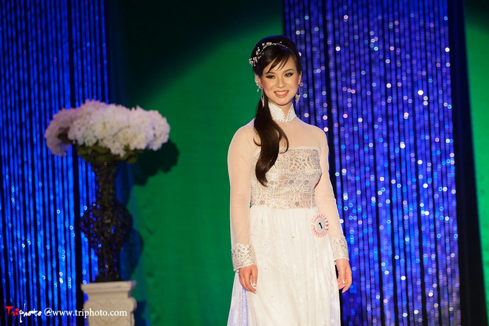Miss Vietnam of Northern California 2012 Pageant - Hoa Hau Ao Dai Bac Cali 2012 - Image 038