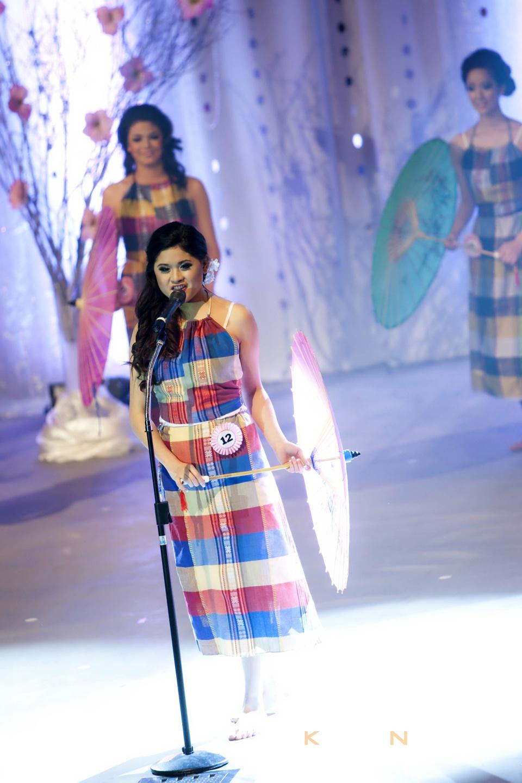 Miss Vietnam - Hoa Hau Ao Dai Bac Cali 2010 - Pageant Day - Image 009