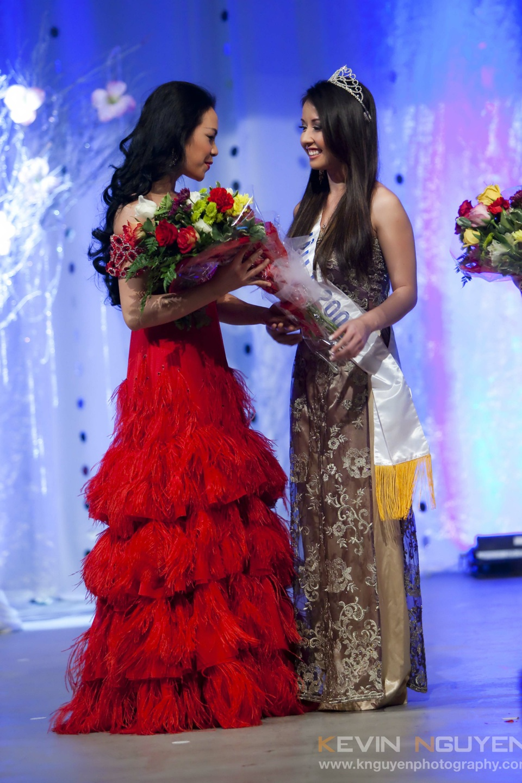 Miss Vietnam - Hoa Hau Ao Dai Bac Cali 2010 - Pageant Day - Image 016