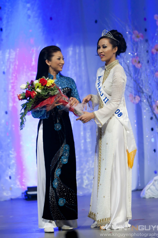 Miss Vietnam - Hoa Hau Ao Dai Bac Cali 2010 - Pageant Day - Image 020