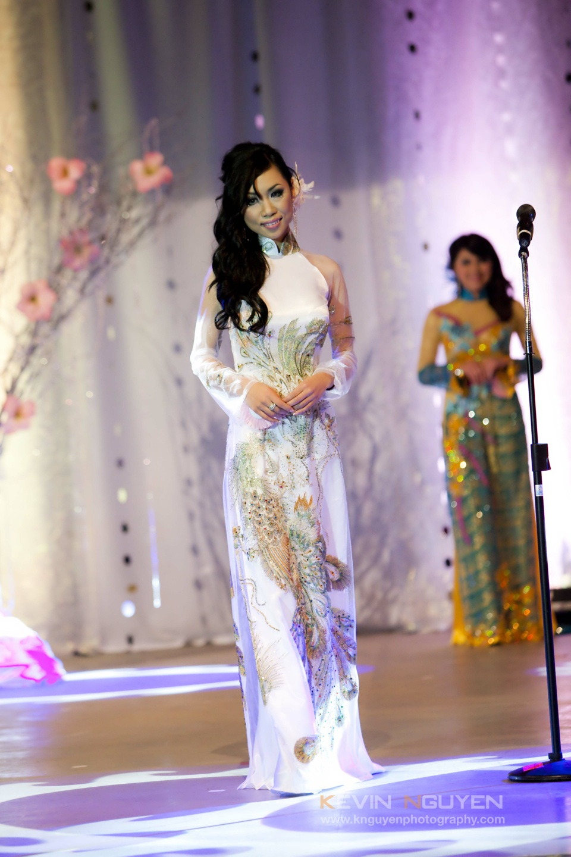 Miss Vietnam - Hoa Hau Ao Dai Bac Cali 2010 - Pageant Day - Image 027