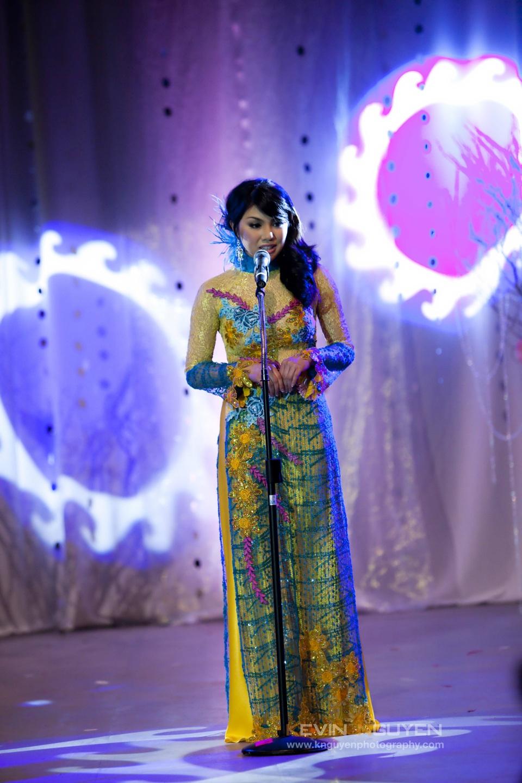 Miss Vietnam - Hoa Hau Ao Dai Bac Cali 2010 - Pageant Day - Image 028