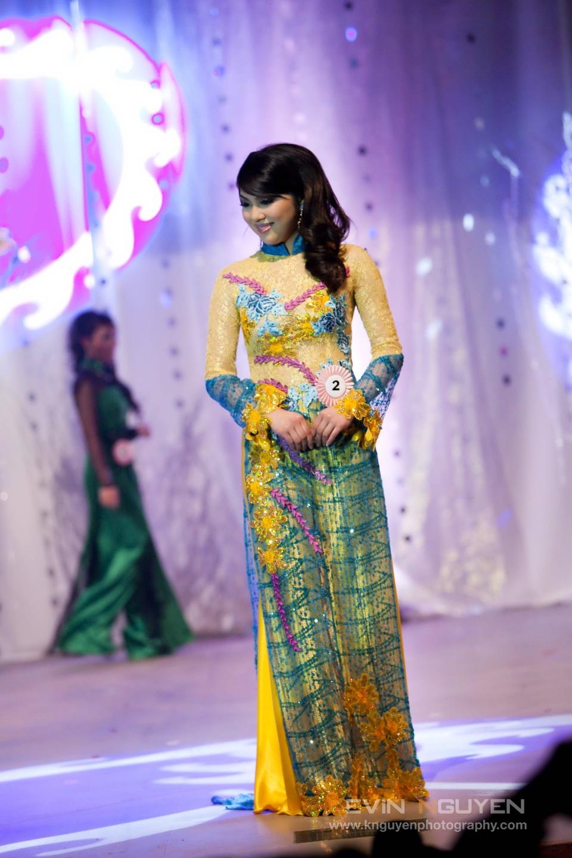 Miss Vietnam - Hoa Hau Ao Dai Bac Cali 2010 - Pageant Day - Image 029