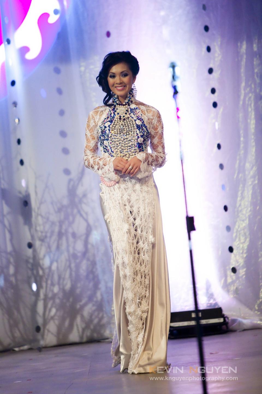 Miss Vietnam - Hoa Hau Ao Dai Bac Cali 2010 - Pageant Day - Image 032