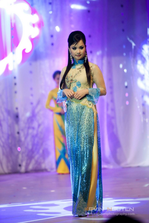 Miss Vietnam - Hoa Hau Ao Dai Bac Cali 2010 - Pageant Day - Image 034