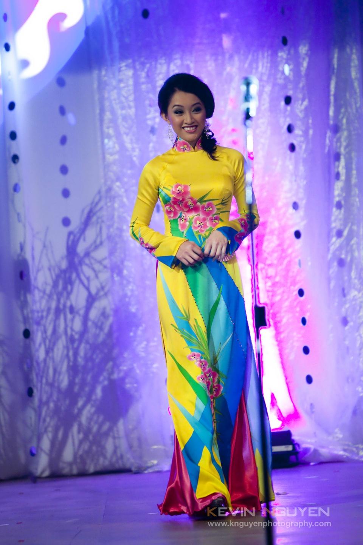 Miss Vietnam - Hoa Hau Ao Dai Bac Cali 2010 - Pageant Day - Image 035