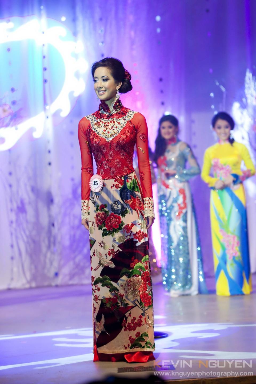 Miss Vietnam - Hoa Hau Ao Dai Bac Cali 2010 - Pageant Day - Image 039