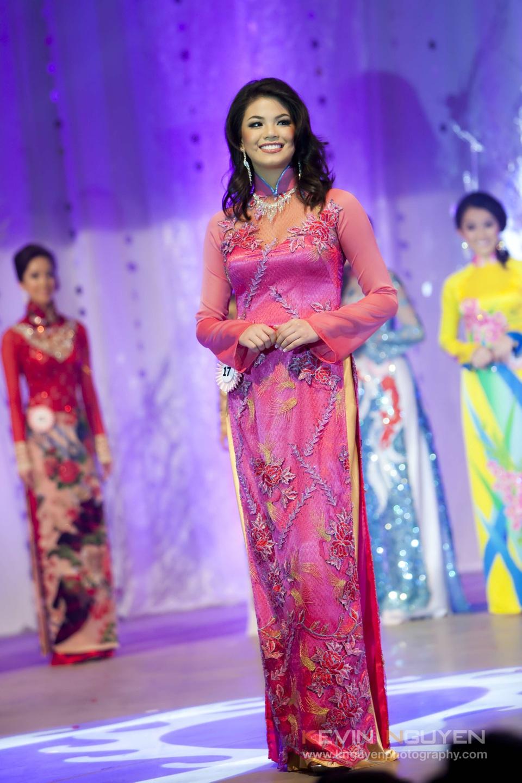 Miss Vietnam - Hoa Hau Ao Dai Bac Cali 2010 - Pageant Day - Image 041