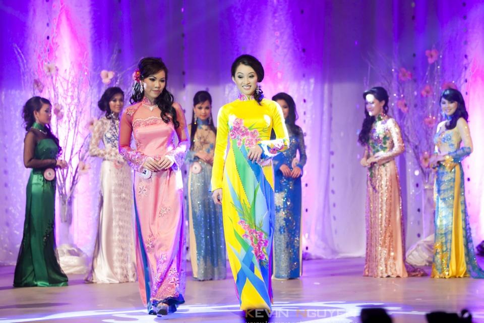 Miss Vietnam - Hoa Hau Ao Dai Bac Cali 2010 - Pageant Day - Image 043