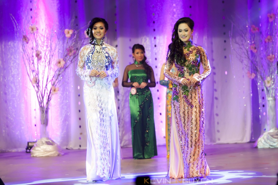 Miss Vietnam - Hoa Hau Ao Dai Bac Cali 2010 - Pageant Day - Image 045