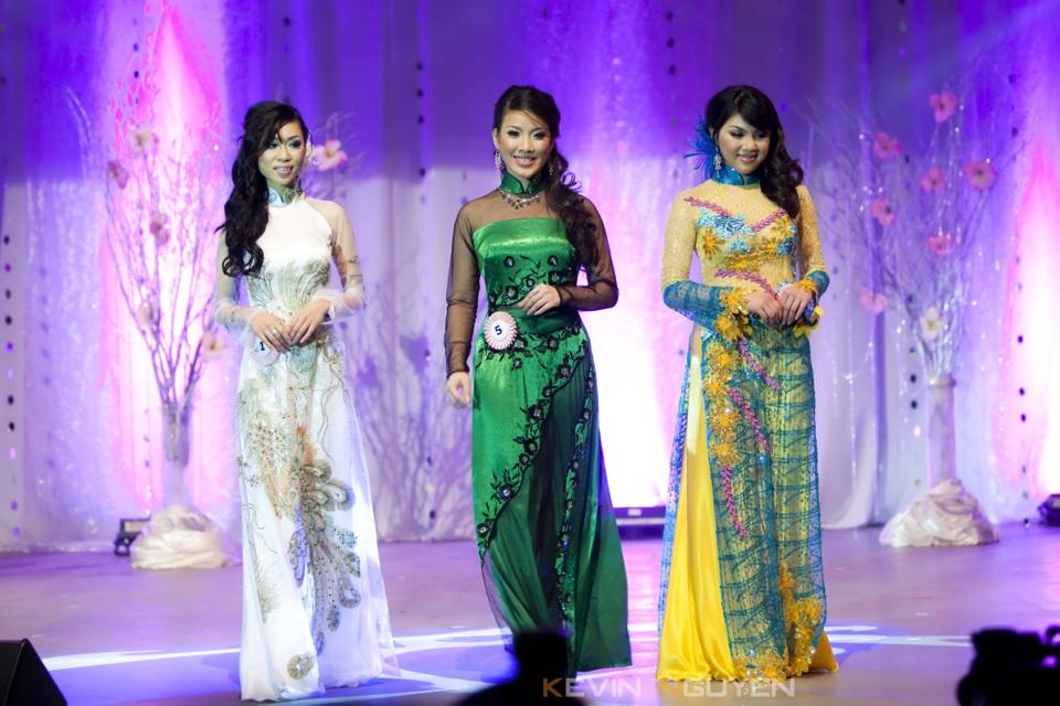 Miss Vietnam - Hoa Hau Ao Dai Bac Cali 2010 - Pageant Day - Image 046