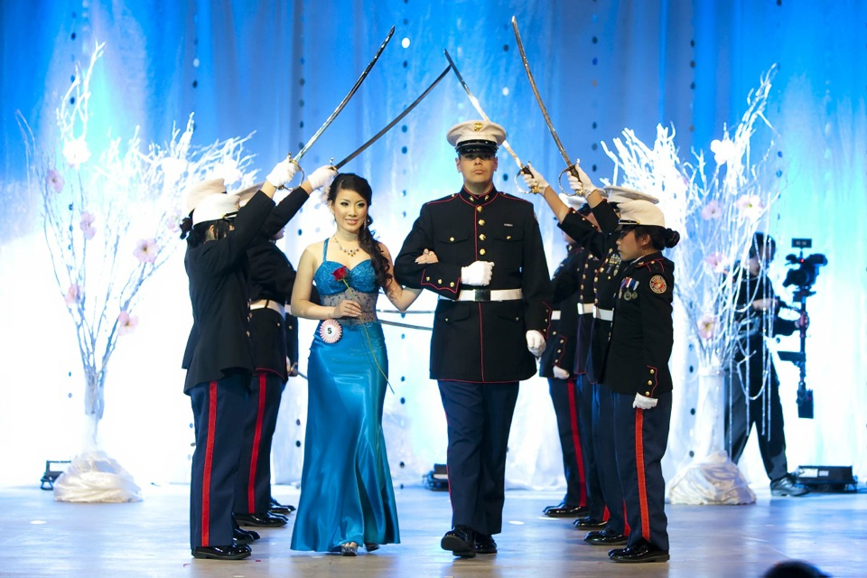 Miss Vietnam - Hoa Hau Ao Dai Bac Cali 2010 - Pageant Day - Image 060