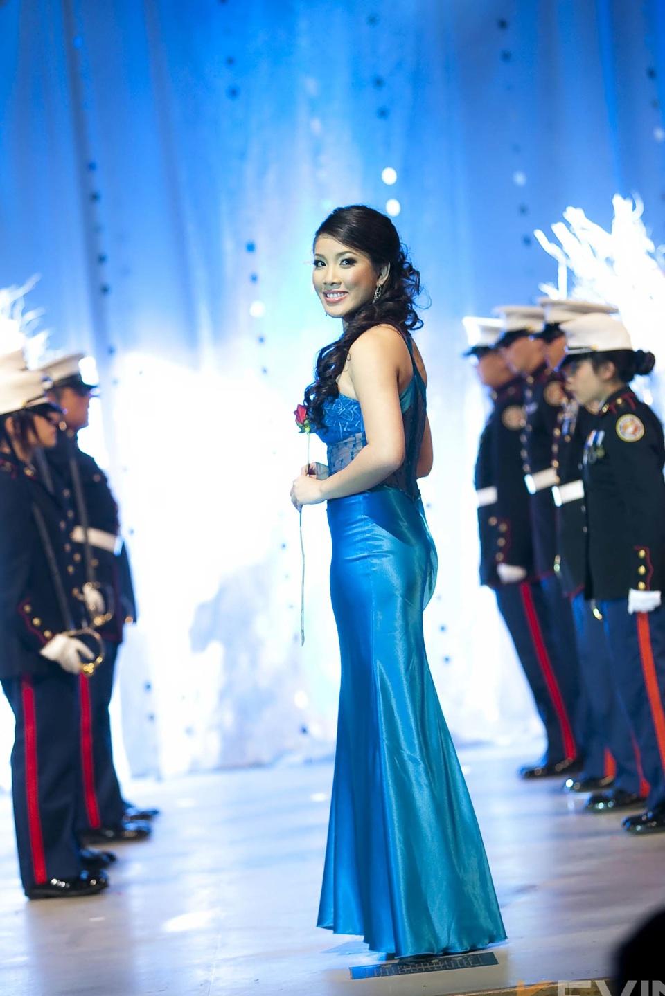 Miss Vietnam - Hoa Hau Ao Dai Bac Cali 2010 - Pageant Day - Image 061