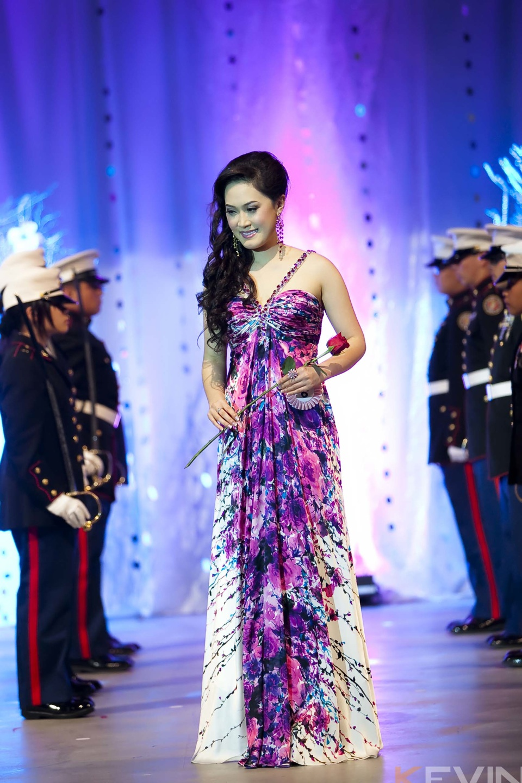 Miss Vietnam - Hoa Hau Ao Dai Bac Cali 2010 - Pageant Day - Image 063