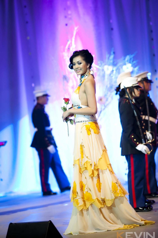 Miss Vietnam - Hoa Hau Ao Dai Bac Cali 2010 - Pageant Day - Image 065