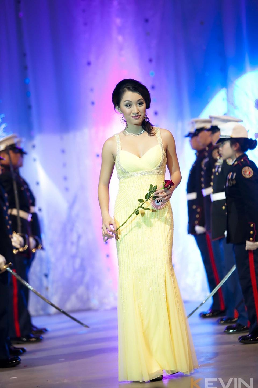 Miss Vietnam - Hoa Hau Ao Dai Bac Cali 2010 - Pageant Day - Image 072