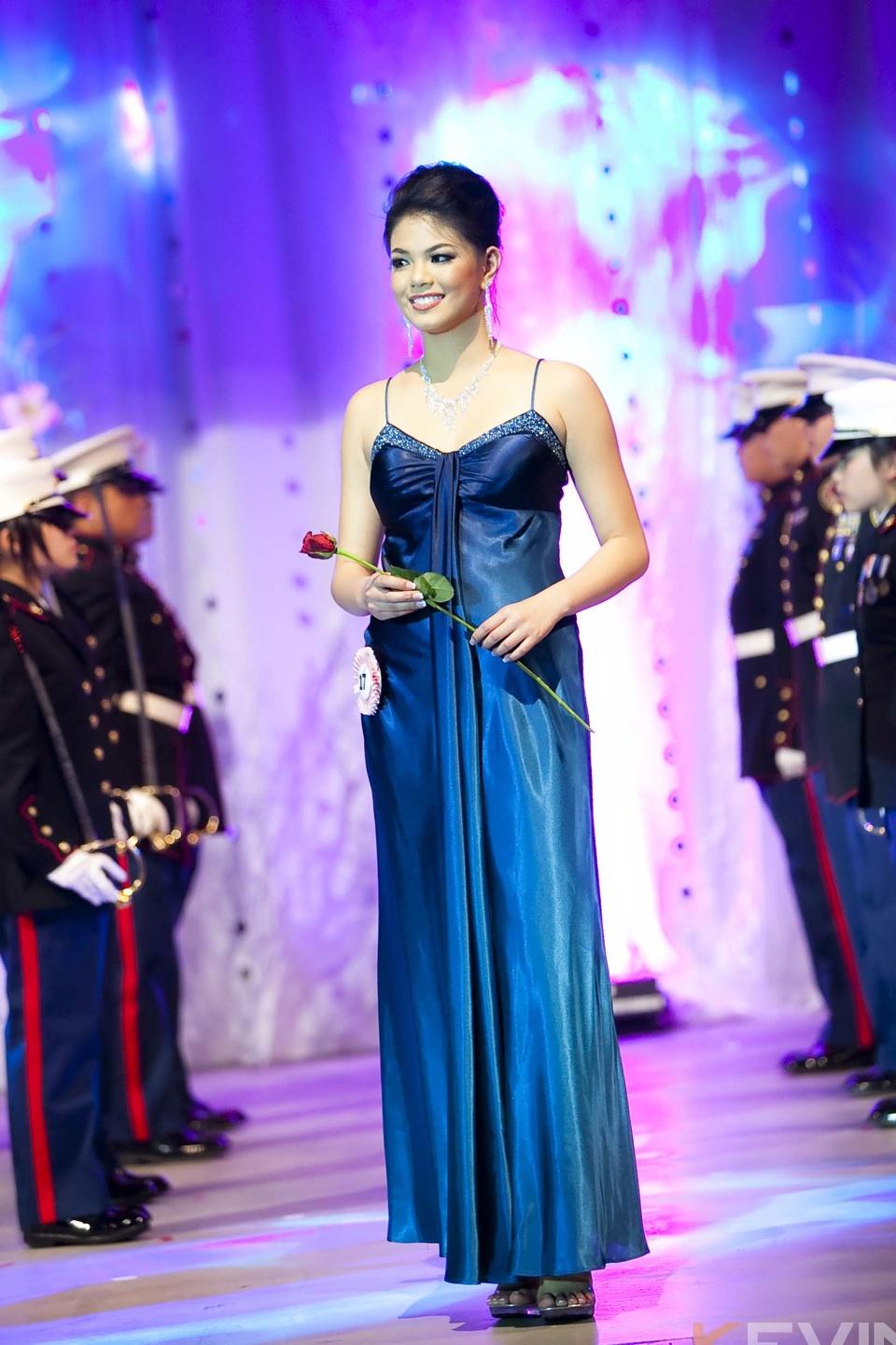 Miss Vietnam - Hoa Hau Ao Dai Bac Cali 2010 - Pageant Day - Image 083