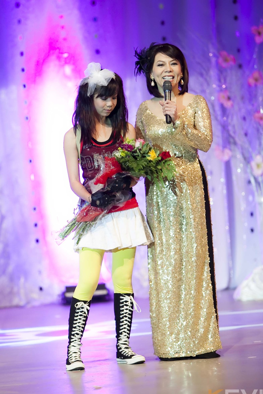 Miss Vietnam - Hoa Hau Ao Dai Bac Cali 2010 - Pageant Day - Image 085
