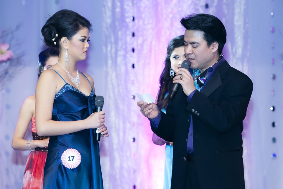 Miss Vietnam - Hoa Hau Ao Dai Bac Cali 2010 - Pageant Day - Image 092
